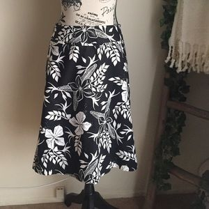 H&M A-line skirt black and white floral